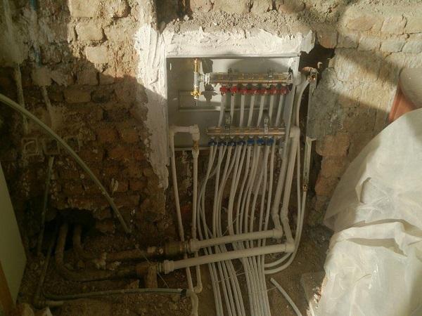 لوله کشی آب سرد و گرم - بازسازی آپارتمان