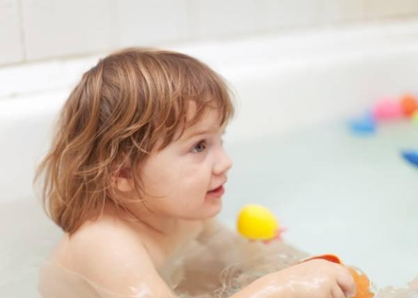 10 نکته ضروری برای مراقبت از موهای کودک و نوزاد شما