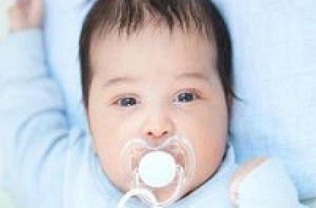 مهم ترین عوارض پستانک برای سلامت دهان و دندان کودک
